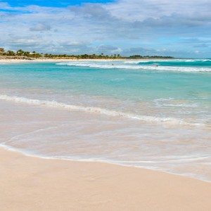 Hard Rock Hotel & Casino Punta Cana - Dominican republic luxury honeymoon packages - beach