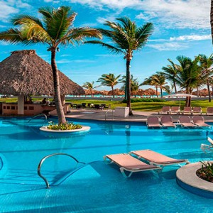 Hard Rock Hotel & Casino Punta Cana - Dominican republic luxury honeymoon packages - pool