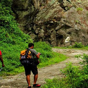Heritance Kandalama - Sri Lanka Honeymoon Packages - Night hike