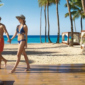 Jamaica Honeymoon Packages Dreams Dominican La Romana Resort And Spa Preferred Club Beach Bar