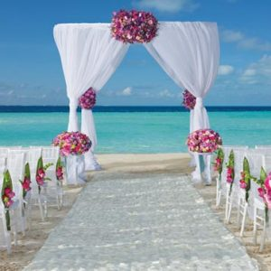 Mexico Honeymoon Packages Dreams Sands Cancun Resort And Spa Beach Weddings Setup