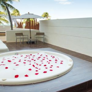 Mexico Honeymoon Packages Dreams Sands Cancun Resort And Spa Preferred Club Honeymoon Suite2