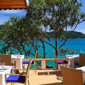 al freco dining - mom tris villa roayle phuket - luxury phuket honeymoons