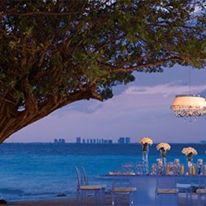 gala dinner - Dreams Sands Cancun Resort & Spa - Mexico Luxury honeymoon packages