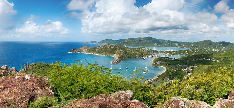 shirley heights - reasons to go antigua - luxury antigua honeymoons