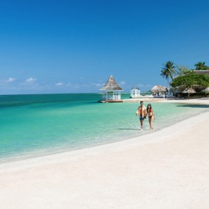 Beach 2 - Sandals Royal Caribbean - Luxury Jamaica Honeymoons