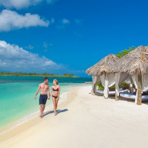 Beach 3 - Sandals Royal Caribbean - Luxury Jamaica Honeymoons