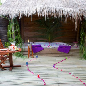 Jacuzzi Beach Villa - Kuredu Island Resort - Luxury Maldives Holidays