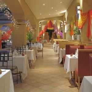 Les Quais - Mauricia Beachcomber Resort and Spa - Luxury Mauritius Honeymoons