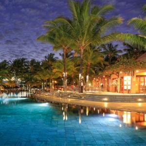 Mauricia Beachcomber Resort and Spa - Luxury Mauritius Honeymoons