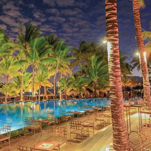Mauritius Honeymoon Packages Mauricia Beachcomber Resort And Spa Bay Watch Bar