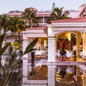 Mauritius Honeymoon Packages Mauricia Beachcomber Resort And Spa Dining 2