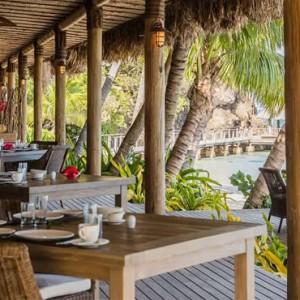 bar - Kokomo Island resort - Luxury Fiji honeymoons