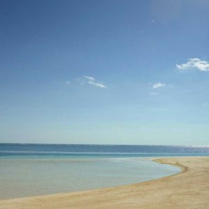 beach 2 - LUX Belle Mare - Luxury Mauritius Holidays