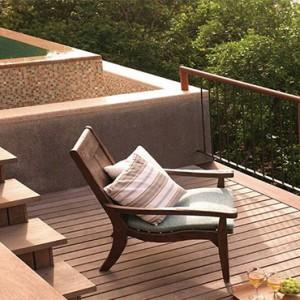 Four Seasons Resort Seychelles - Luxury Seychelles Honeymoon packages - Garden view villa pool deck