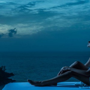 Four Seasons Resort Seychelles - Luxury Seychelles Honeymoon packages - Spa massage at night