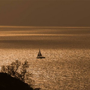 Four Seasons Resort Seychelles - Luxury Seychelles Honeymoon packages - Yacht