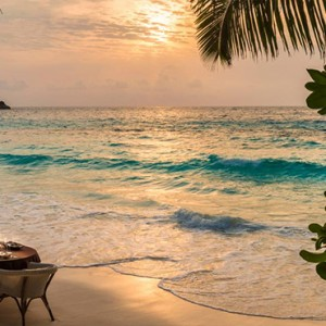 Four Seasons Resort Seychelles - Luxury Seychelles Honeymoon packages - private beach dining