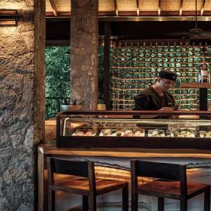 Four Seasons Resort Seychelles - Luxury Seychelles Honeymoon packages - restaurant
