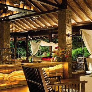 Four Seasons Resort Seychelles - Luxury Seychelles Honeymoon packages - zez bar