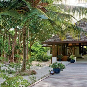 Hideaway Beach Resort and Spa - Luxury Maldives honeymoon packages - spa