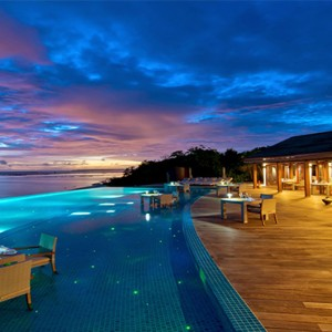 Hideaway Beach Resort and Spa - Luxury Maldives honeymoon packages - sunset beach bar