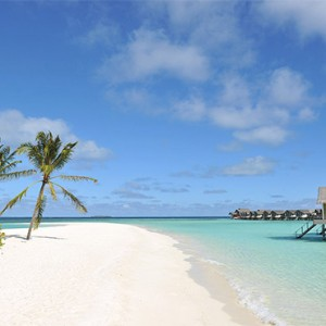 Loama Resort Maldives at Maamigili - Luxury Maldives Honeymoon packages - Pool beach at Thundi area