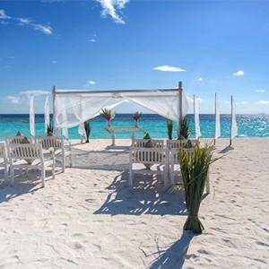 Loama Resort Maldives at Maamigili - Luxury Maldives Honeymoon packages - wedding