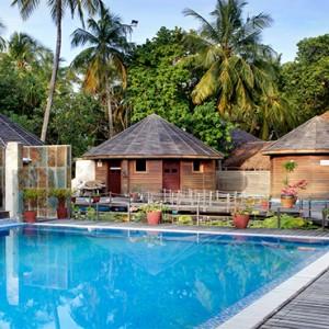 Nika Island Resort and Spa - Luxury Maldives Honeymoon Packages - Spa pool