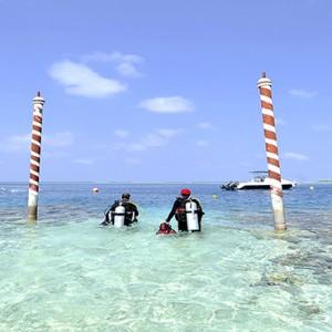 Nika Island Resort and Spa - Luxury Maldives Honeymoon Packages - scubadiving