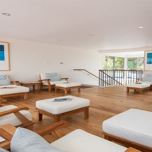Anchorage Port Stephens - Luxury Australia Honeymoon packages - Seating area