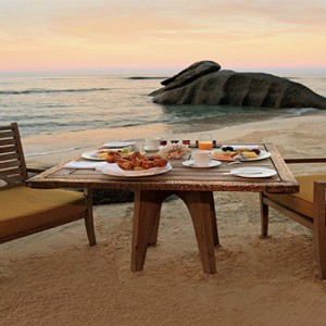 MAIA Luxury Resort and Spa - Luxury Seychelles Honeymoon Packages - breakfast on the beach