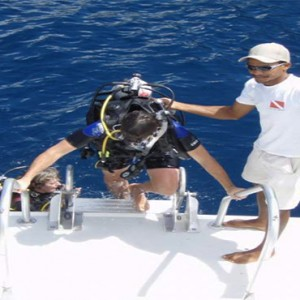 Ti Kaye Resort and Spa - Luxury St Lucia Honeymoon packages - Scuba diving