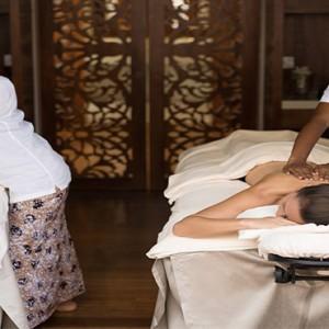 Anantara Peace Haven Tangalle Resort - Luxury Sri Lanka Honeymoon packages - spa massage couple