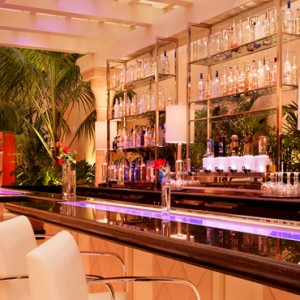 Encore Players Bar - the wynn las vegas - luxury las vegas honeymoon packages