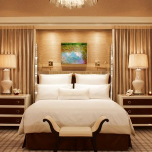 Encore Salon suite 2 - the wynn las vegas - luxury las vegas honeymoon packages