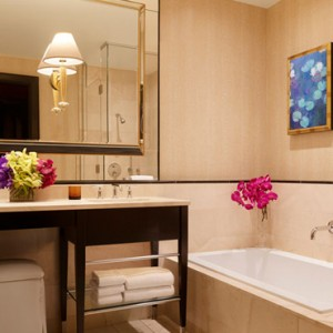 Encore Tower Two Queen Suite 4- the wynn las vegas - luxury las vegas honeymoon packages