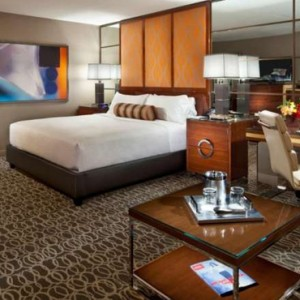 Grand King Stip View 2 Mgm Grand Hotel Las Vegas Luxury Las Vegas Honeymoon Packages