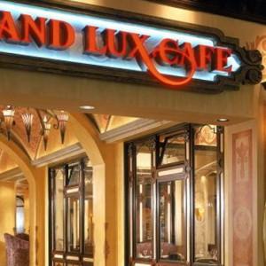 Grand Lux Cafe - The Venetian Las Vegas - Luxury Las Vegas Honeymoon Packages