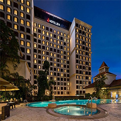 Hotel Jen Tanglin Singapore - Luxury Singapore Honeymoon Packages - thumbnail