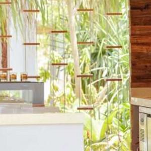 Jade - Dhigali Maldives - Luxury Maldives Honeymoon Packages