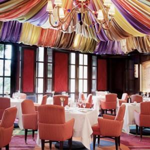 Le Cirque Restaurant - bellagio las vegas - las vegas honeymoon packages