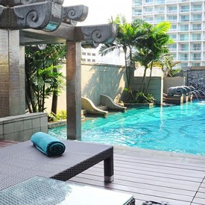 Majestic Grande Sukhumit Hotel - Luxury Thailand Honeymoon packages - swimming pool1