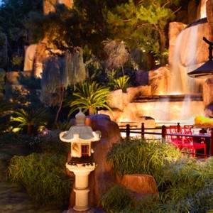Mizumi - the wynn las vegas - luxury las vegas honeymoon packages