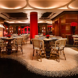 Red 8 - the wynn las vegas - luxury las vegas honeymoon packages