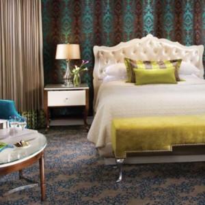 Salone Suite - bellagio las vegas - las vegas honeymoon packages