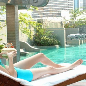 Thailand Honeymoon Packages Majestic Grande Sukhumit Hotel Poolside