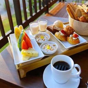 Uga Bay - Luxury Sri Lanka Honeymoon Packages - Ocean Studio balcony