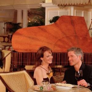 bar 4 - bellagio las vegas - las vegas honeymoon packages