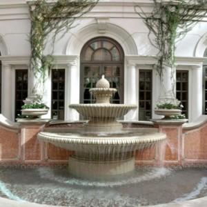 fountain - The Venetian Las Vegas - Luxury Las Vegas Honeymoon Packages
